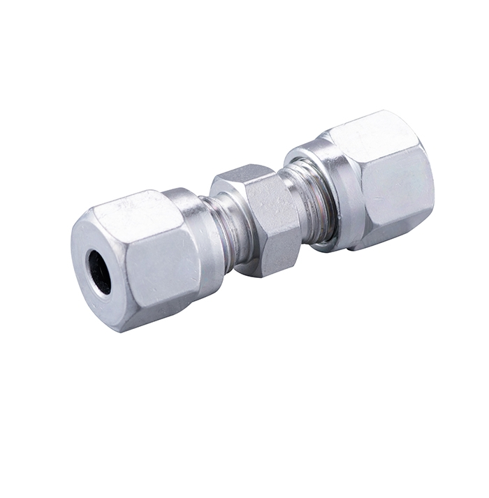 Card sleeve type straight pipe joint